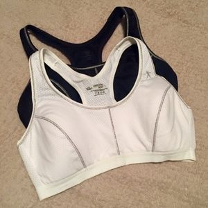 BUNDLE Danskin Now black and white sports bras